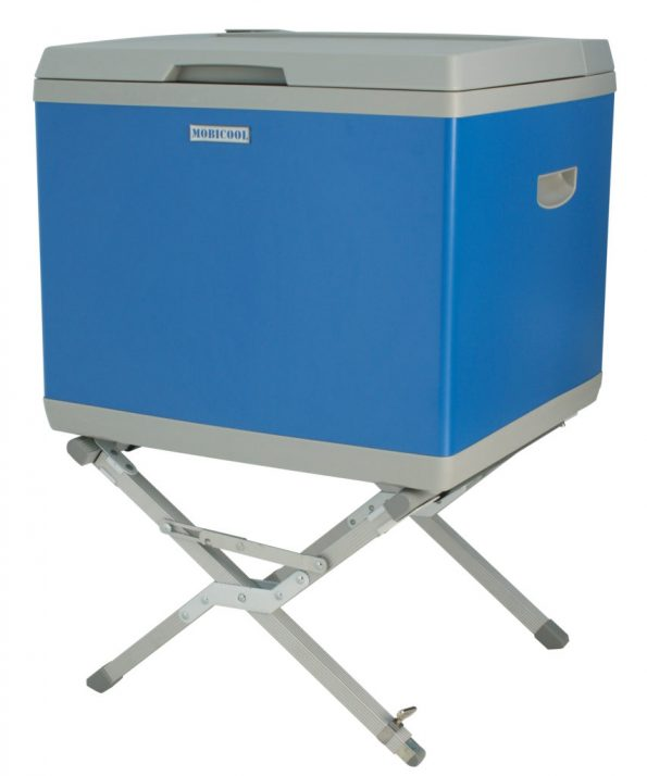 Coolerbox-stand-use-853×1024